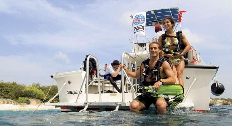 Mais 4 vantagens de ser um instrutor de mergulho PADI